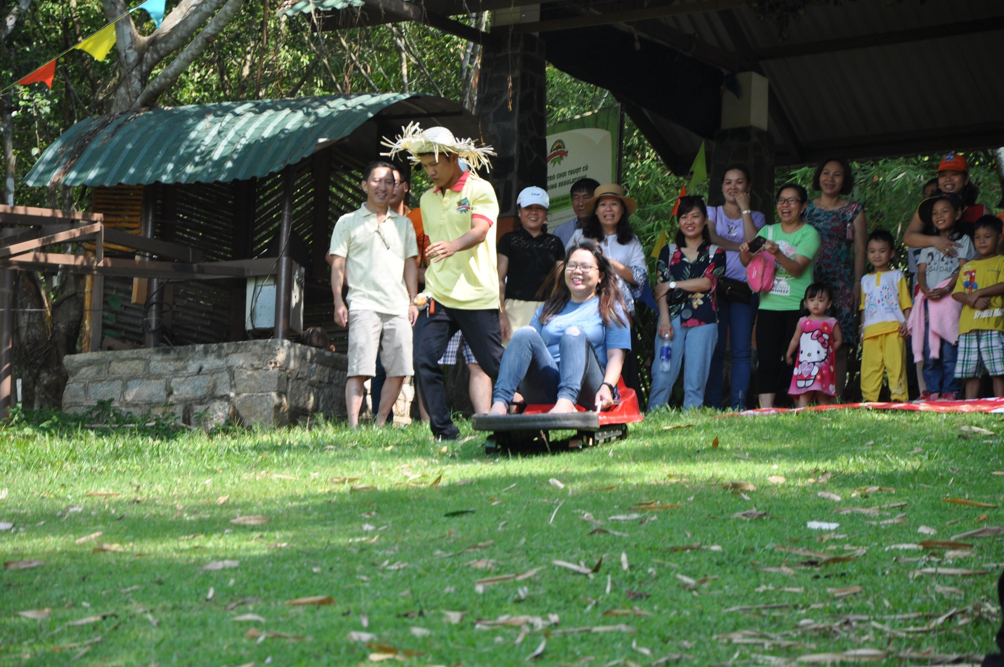 BCH Công đoàn và Chi đoàn Thanh niên Quỹ Đầu tư phát triển phối hợp tổ chức chuyến tham quan kết hợp teambuilding cho CBVC đơn vị tại Khu du lịch Madagui (tỉnh Lâm Đồng)